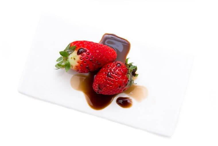 Erdbeer-Marmelade mit grünem Pfeffer und Basamico