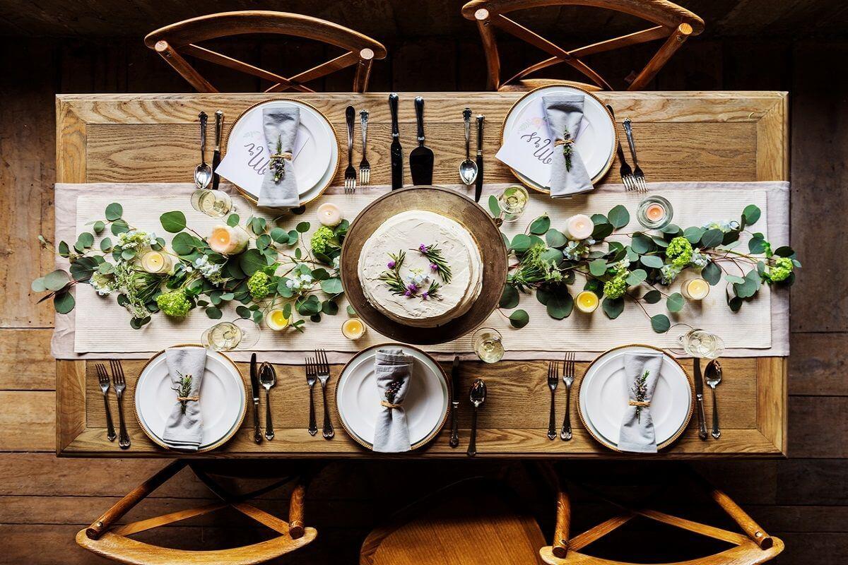 Tisch perfekt decken
