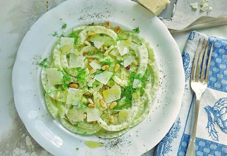 Fenchel-Carpaccio mit Parmesan